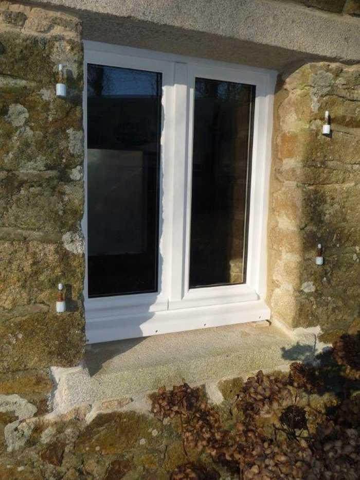 Réalisation d'' une fenêtre sur mesure en bois 0