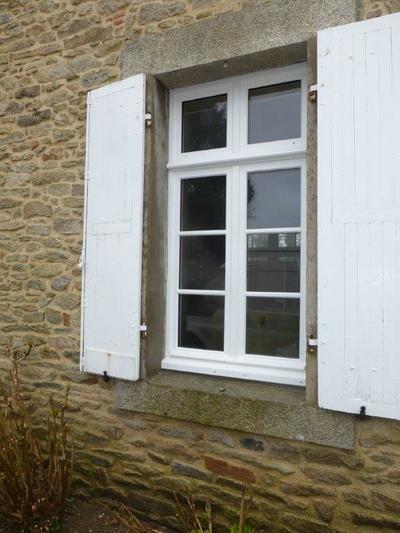 Réalisation d'' une fenêtre sur mesure en bois