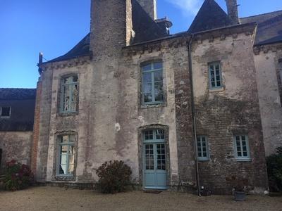 Rénovation fenêtres bois château classé aux monuments historiques - Quimper