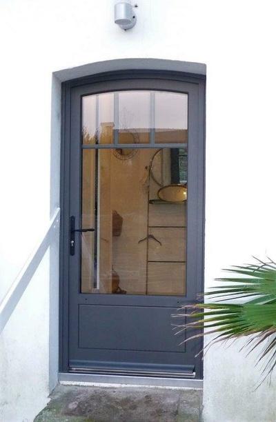Rénovation porte fenêtre contemporaine sur mesure en bois- Quiberon