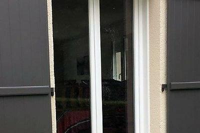 Rénovation porte fenêtre pvc blanc deux vantaux-