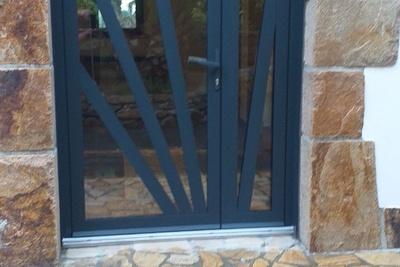 Rénovation d''une porte en aluminium tiercée technal- Côtes-d''Armor (22)