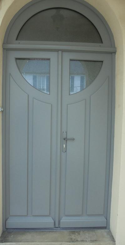 Réplique à l'identique porte d''entrée bois - Quimper