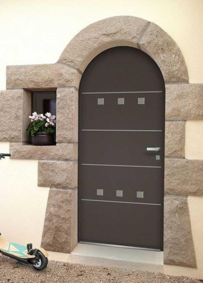 Réalisation d''une porte d''entrée sur mesure en mixte alu / bois 0