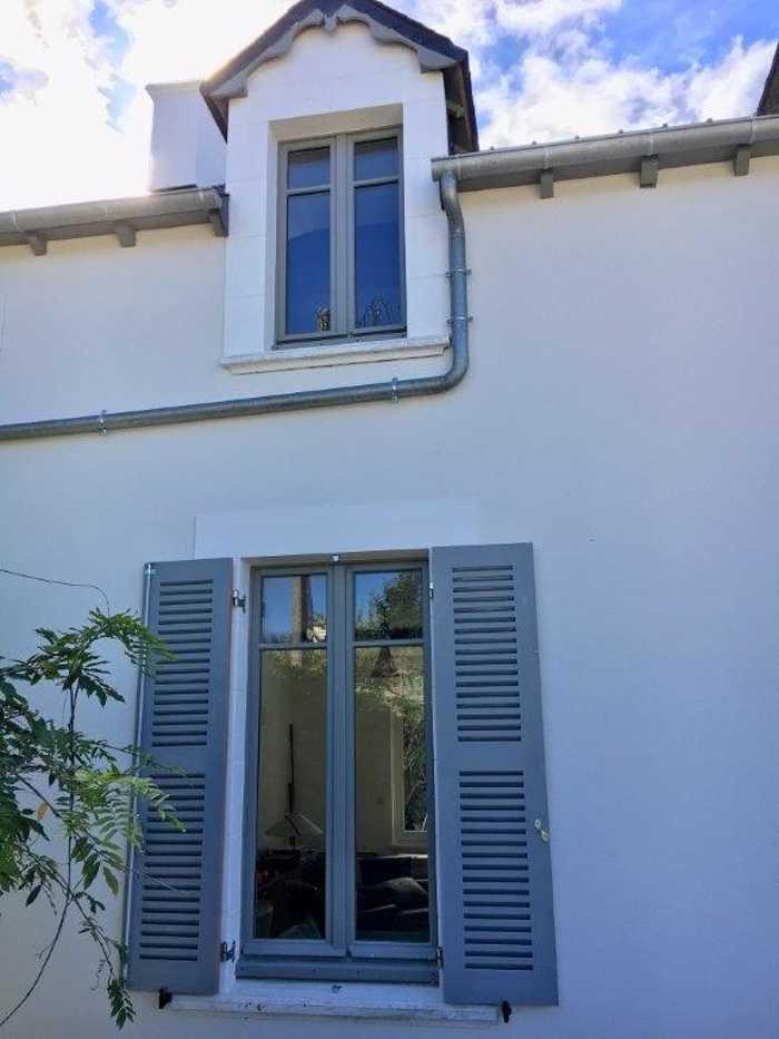 Réalisation de plusieurs fenêtres sur mesure en bois 0