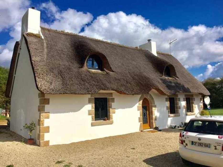 Menuiseries mixtes et menuiserie bois sur maison au toit de chaume img5814