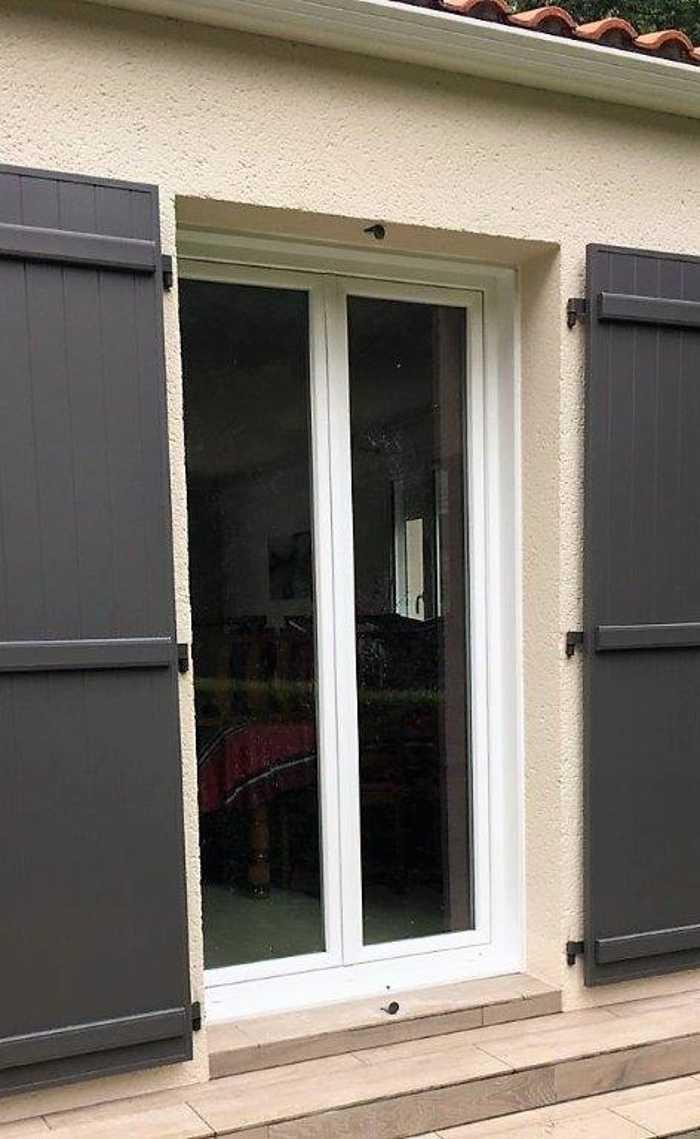 Rénovation porte fenêtre pvc blanc deux vantaux- 0