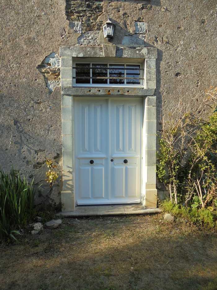 Réplique à l'identique porte d''entrée bois 2 vantaux et impostes 41
